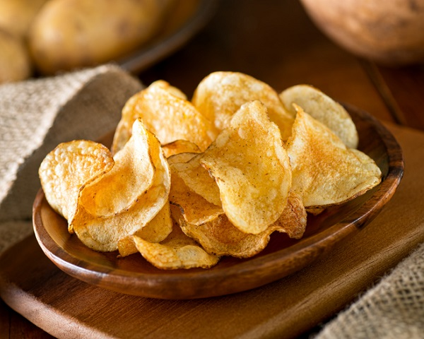 In America, these are called 'chips', but in Britain they're called 'crisps'